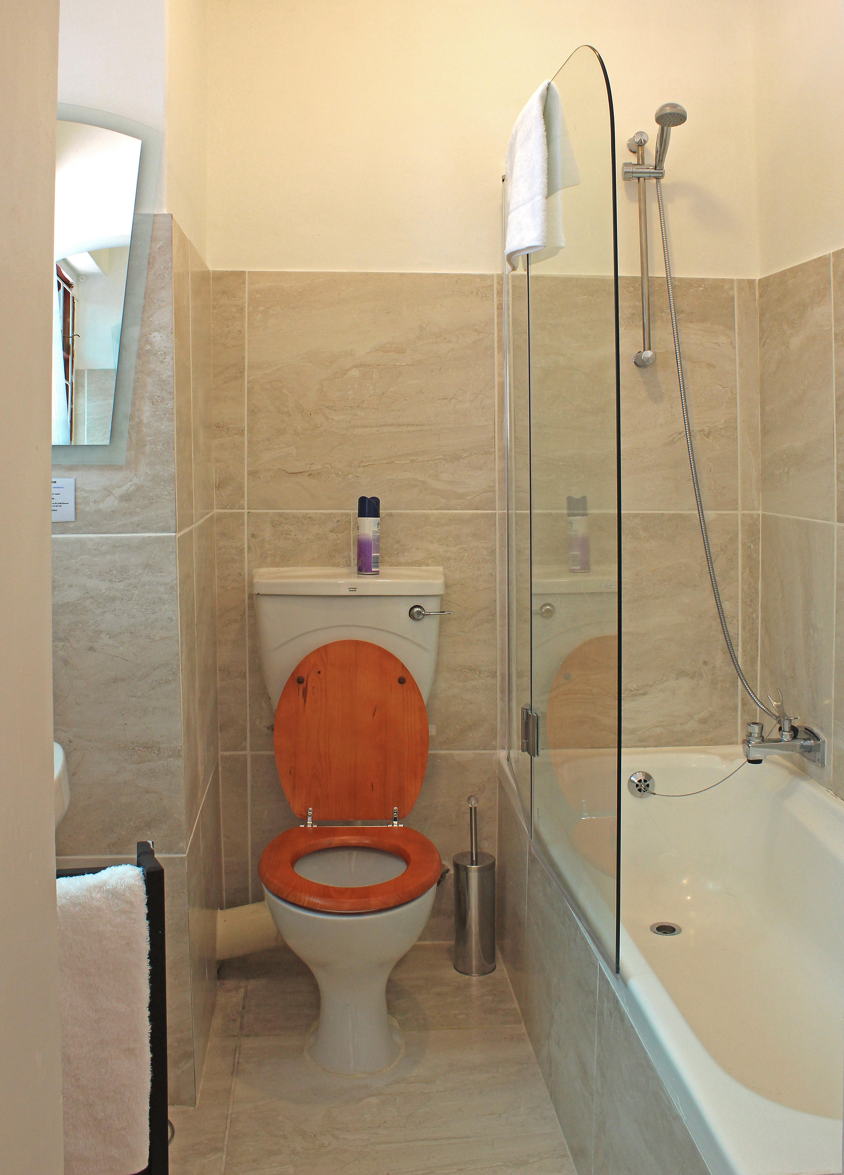 22 shower over bath tub room - Rosedene