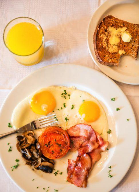 rosedene-guest-house-breakfast-03
